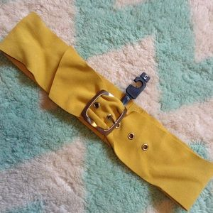 new THE LIMITED chartreuse suede belt S (E7)